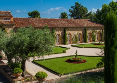 Wine tasting- Winery in Côtes de Provence wine region - Frenche Riviera Wine Tours
